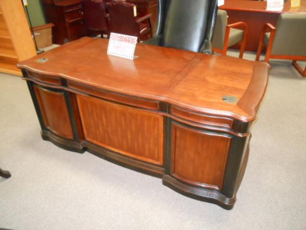 used wood executive desk 72 on consignment this used executive desk is