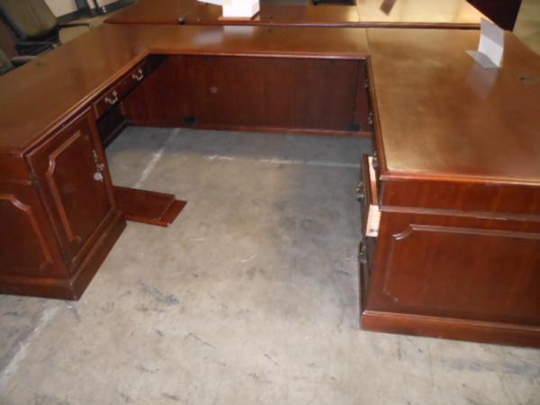 Hoppers Office Furniture Used Executive U Shape Desk