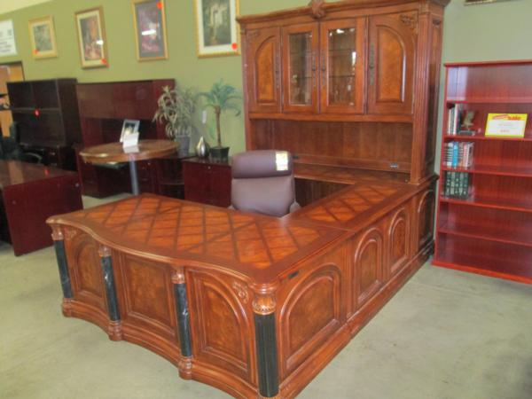 Excellent Used Executive Office Desk Used Office Furniture At Cubeking